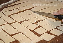 Бешбармак - режем тесто