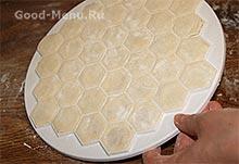 Пельменное тесто для пельменницы