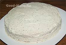 Блинный торт обмазываем сыром