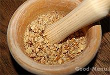 Гранатовый браслет - толчем орехи