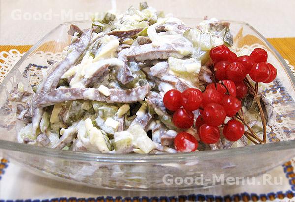 Салат из сердца с огурцом и сыром - рецепт