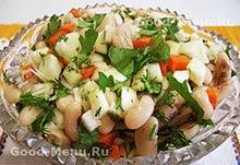 Салат с фасолью - постное блюдо