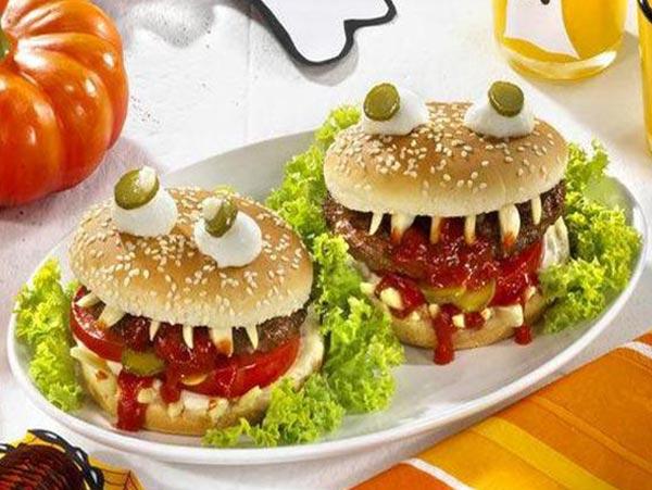 Гамбургер с зубами рецепт на Хэллоуин