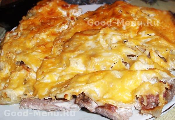 картошка в сметане в духовке со свининой