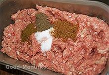 Рецепт люля-кебаб - фарш и специи