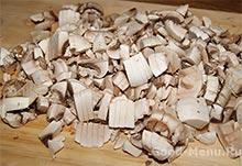 Зразы с грибами - режем грибы