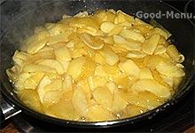 Американский яблочный пирог - карамелизируем яблоки
