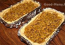 Картофельный пирог - кладем начинку из фарша