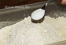 Торт Монастырская изба - кладем ваниль