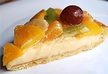 Пирог с фруктами в разрезе