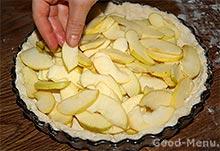 Цветаевский яблочный пирог - кладем яблоки