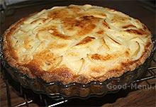Готовый Цветаевский пирог с яблоками
