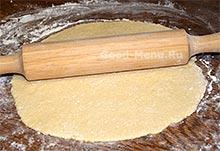 Торт творожный - раскатываем лепешку