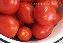 Спелые помидоры для лечо